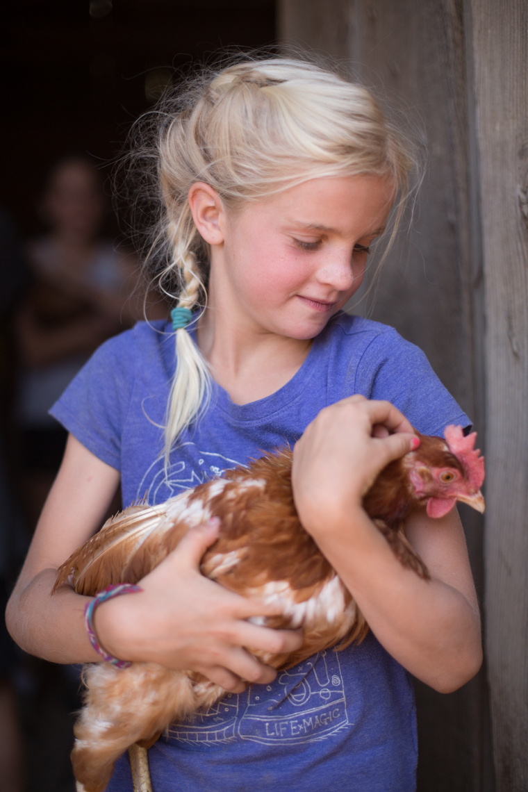 17-Kids-Girl-Chicken