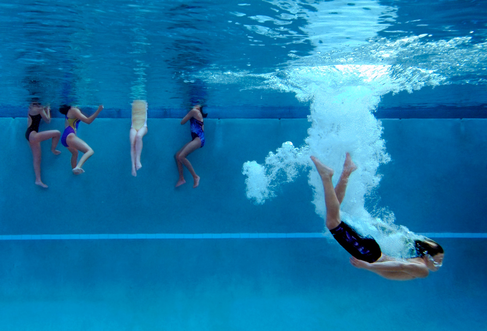 18-Youth-Sports-Diving-Underwater
