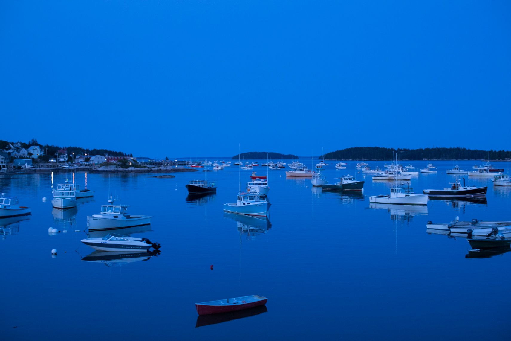 32-Maine-Lobster-Fishing