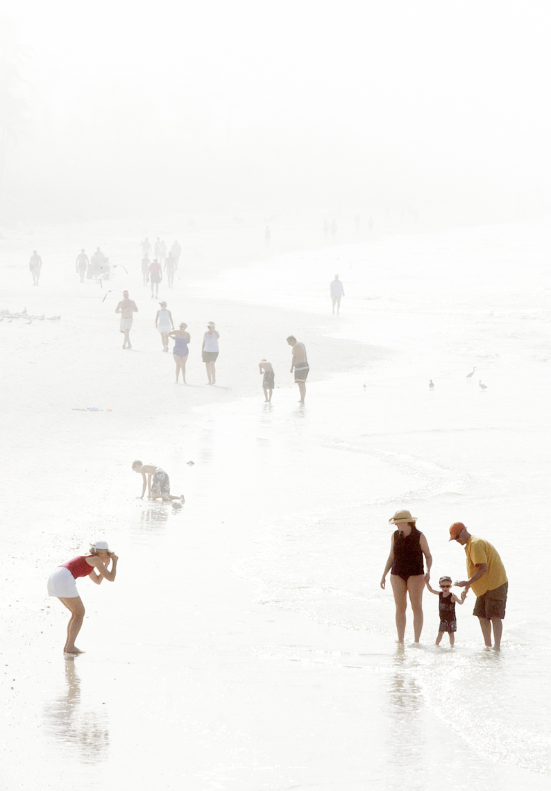47-Travel-Foggy-Beach